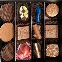 Шоколадови бонбони, 12 броя